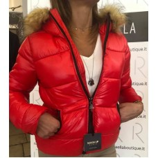 Piumino Corto Rosso Markup Woman Cappuccio Pelliccia Removibile